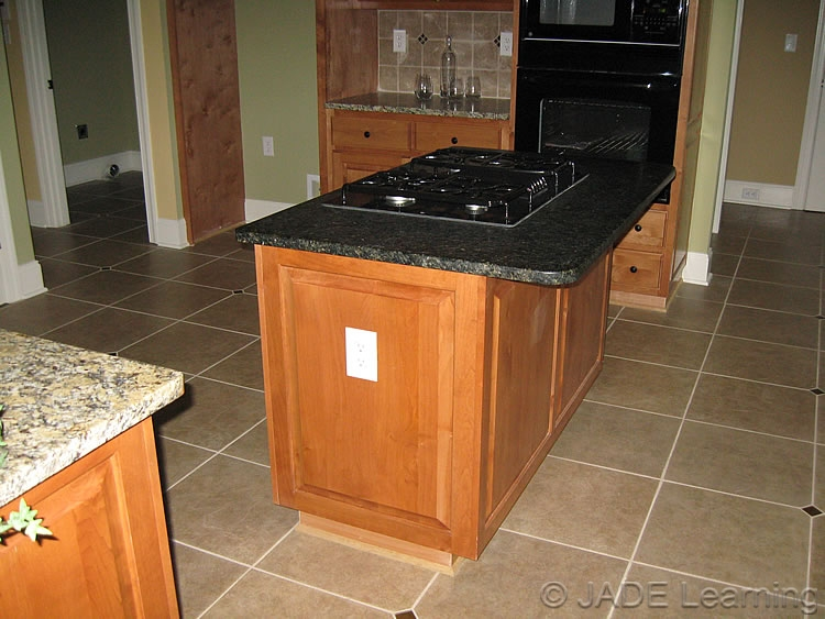 Countertop Receptacle : Click to Enlarge ; Mouse Over to Zoom